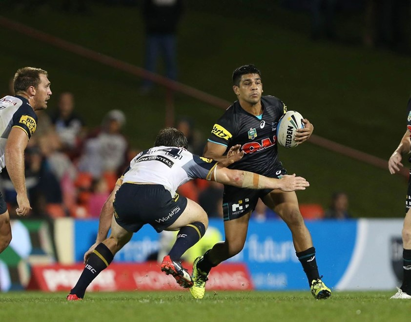 Tyron Peachey : Digital Image by Robb Cox ©nrlphotos.com: :NRL Rugby League - Panthers V Cowboys at Pepper Stadium, Penrith. Monday April 6th 2015.