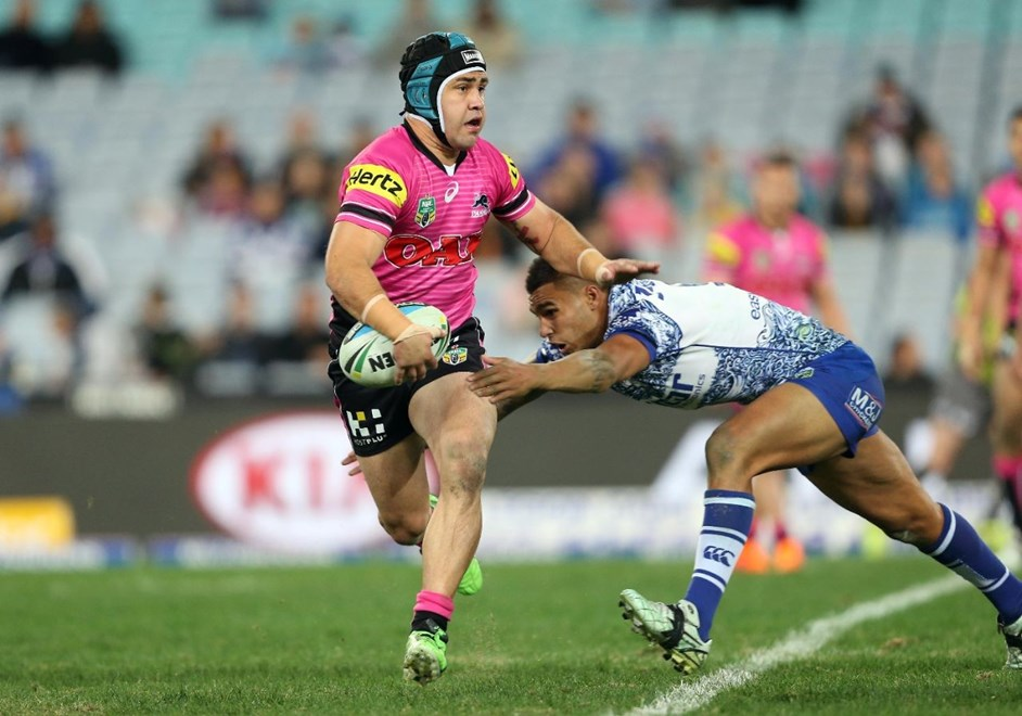 Jamie Soward : Digital Image by Robb Cox ©nrlphotos.com:  :NRL Rugby League - Bulldogs V Panthers, at ANZ Stadium, Saturday June 20th 2015.