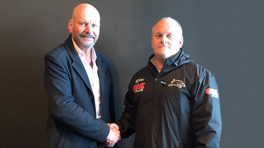 Men of League Foundation NSW State Manager Bruce Walker with Panthers General Manager Rugby League Matt Cameron.